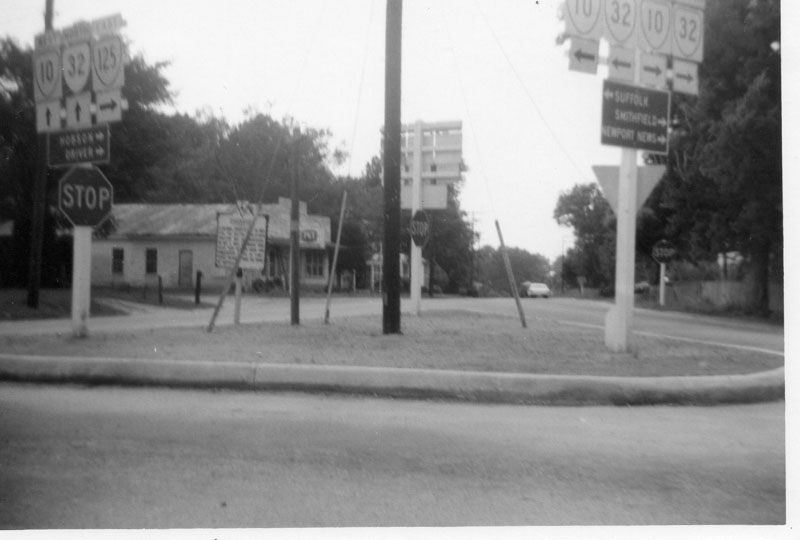 intersection-of-rt-10-and-125-spadys-store-garage-img513