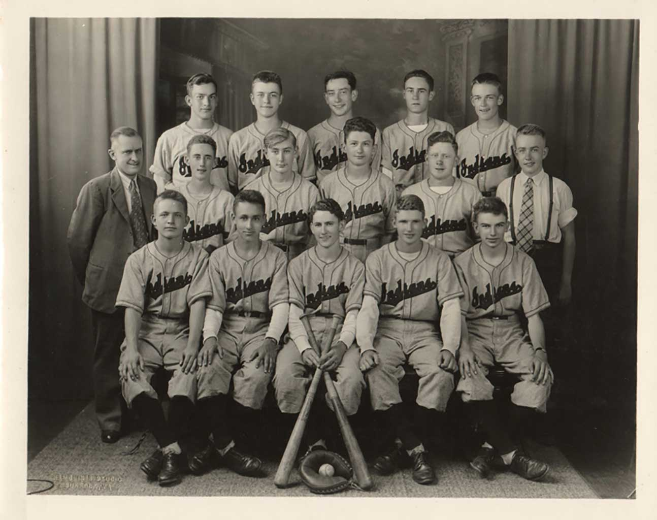 chuckatuck-baseball-team-1945-img228