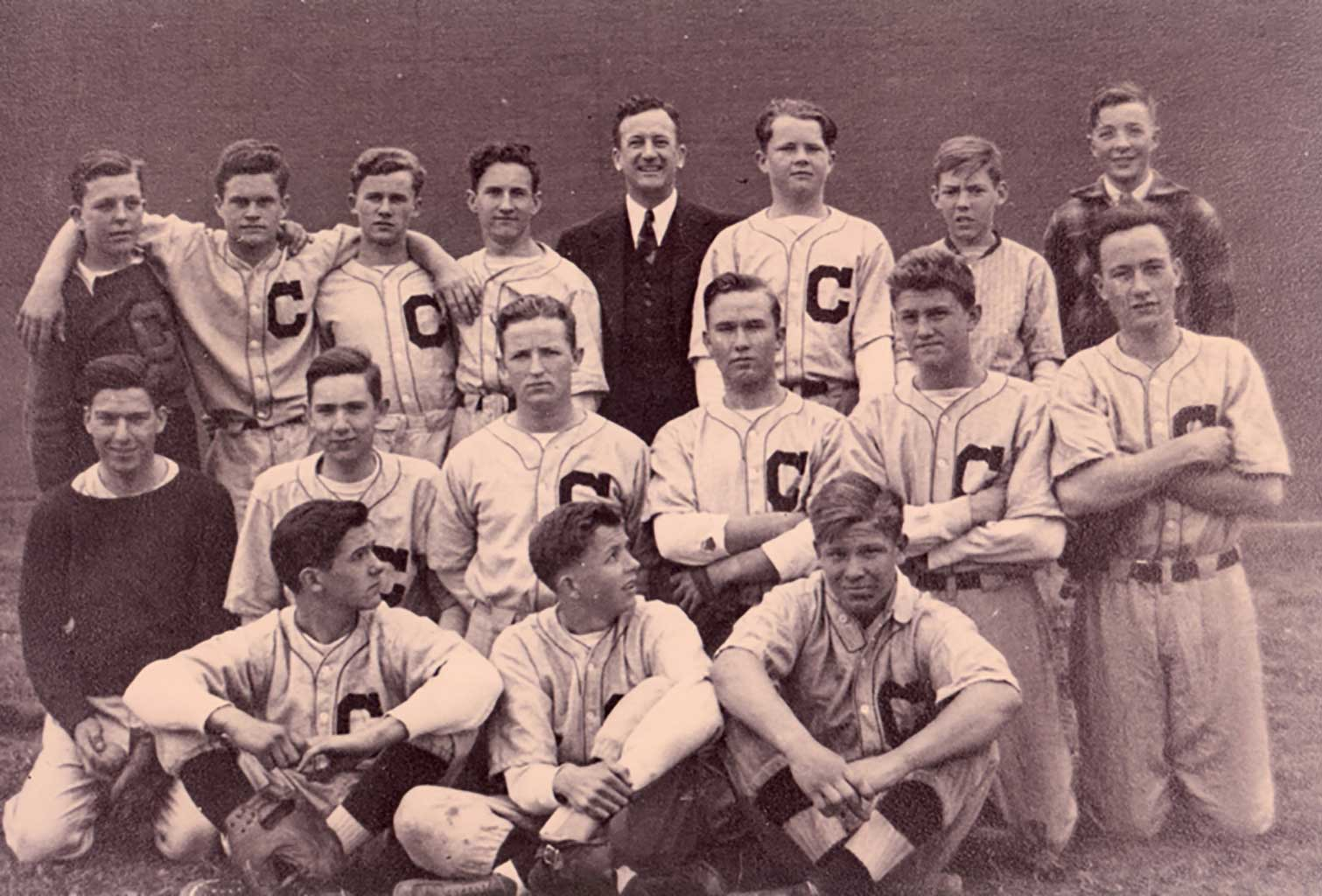 chs-baseball-team-1940-img016