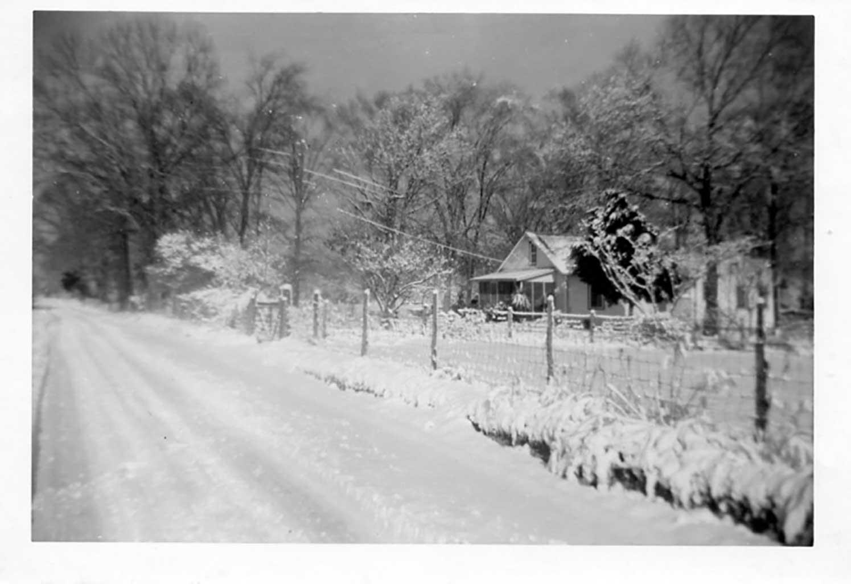 haas-home-on-audubon-road-circa-1950-img434