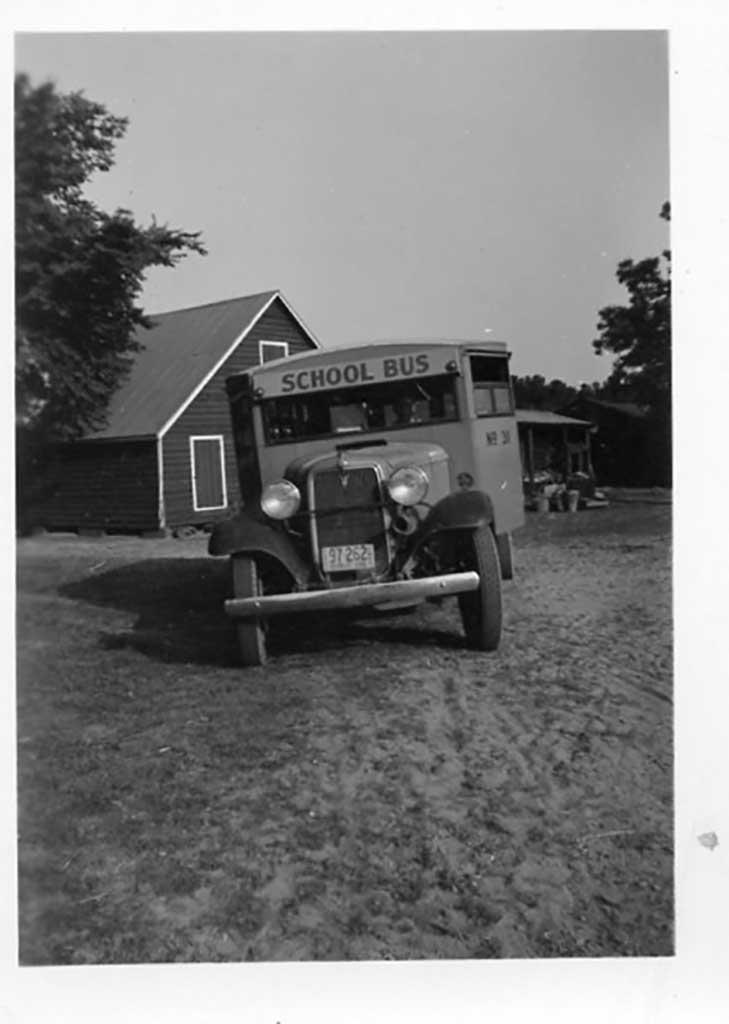 front-of-school-bus-img378