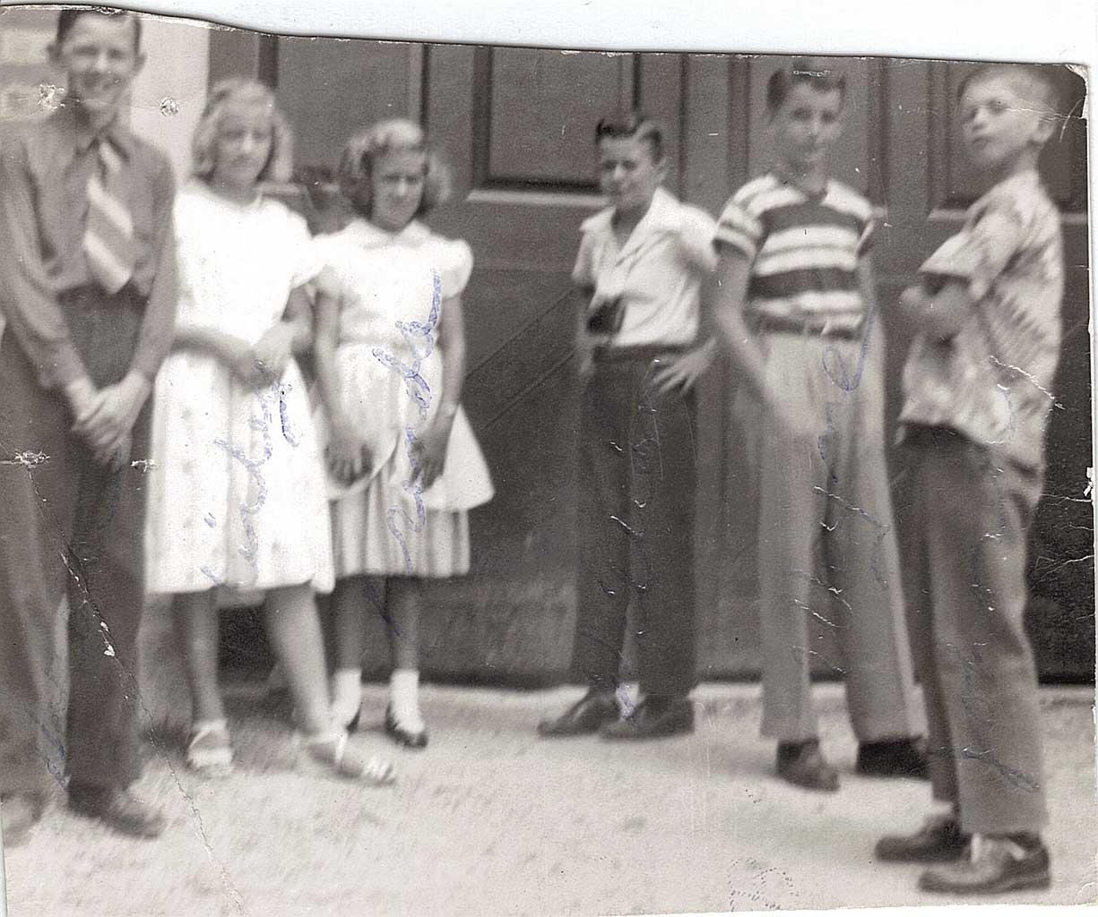 CHS class in Wmsbg. Horace, Shirley, Brenda, Wm