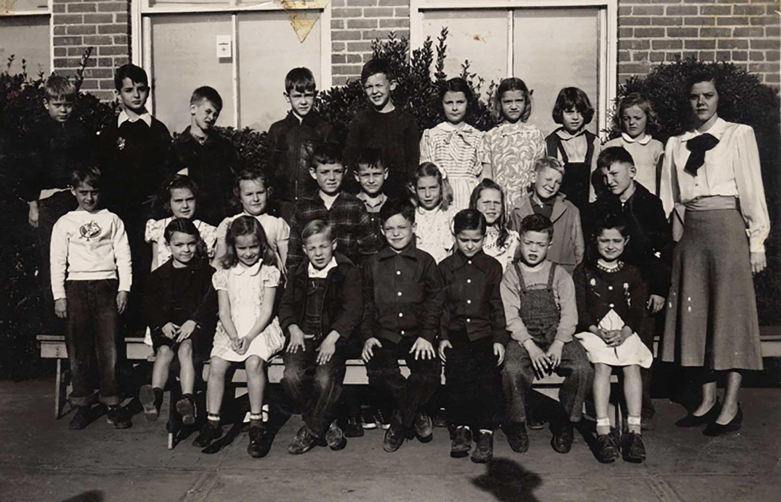 CHS-2nd-grade-class-of-1959-image1-38