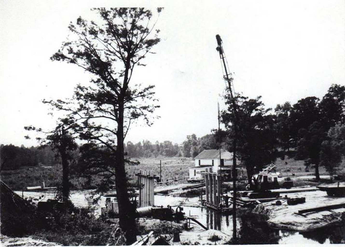 building-bridge-at-everets-1961-celia-coughlin-photo