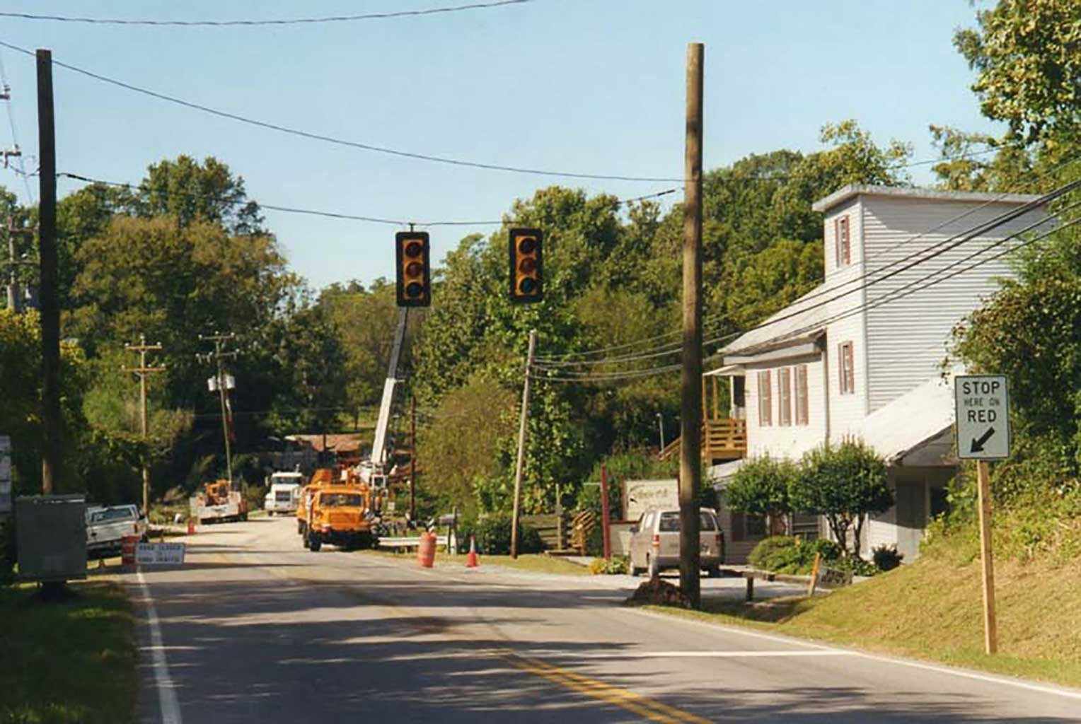 first-and-only-stop-light-in-chuckatuck-3-24-99-img329