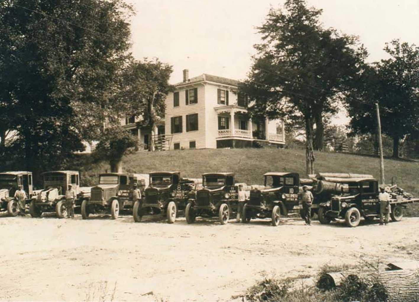 klc-truck-fleet-in-front-of-kirk-home-1926-img191