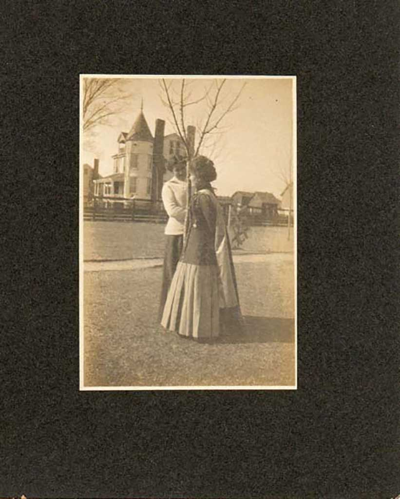 madge-goodson-and-with-godwin-home-in-background-img040