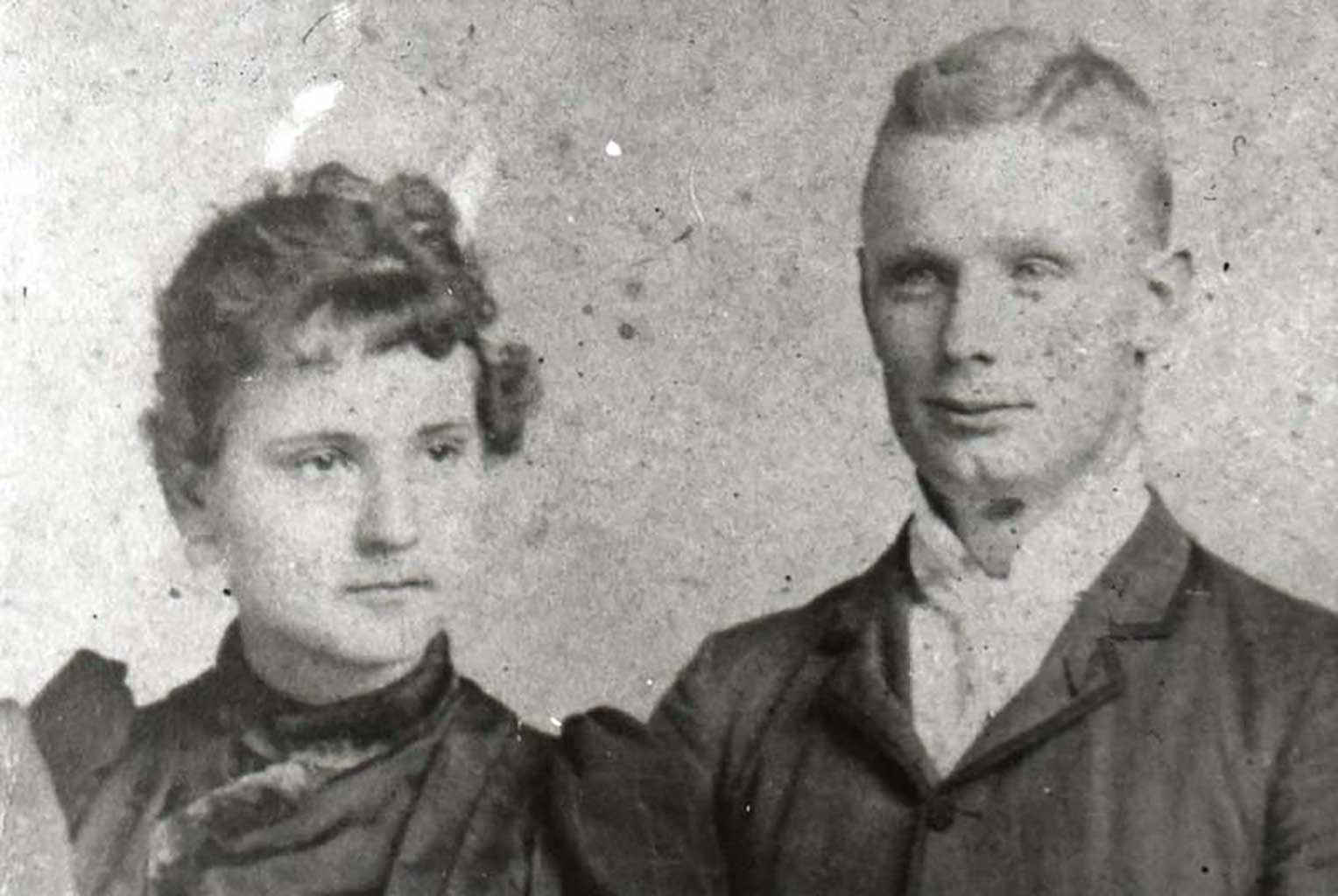sarah-corbell-and-brother-lawrence-circa-1900-children-of-j-d-corbell-img175
