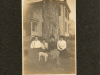 four-ladies-outside-of-cotten-home-1909-img043