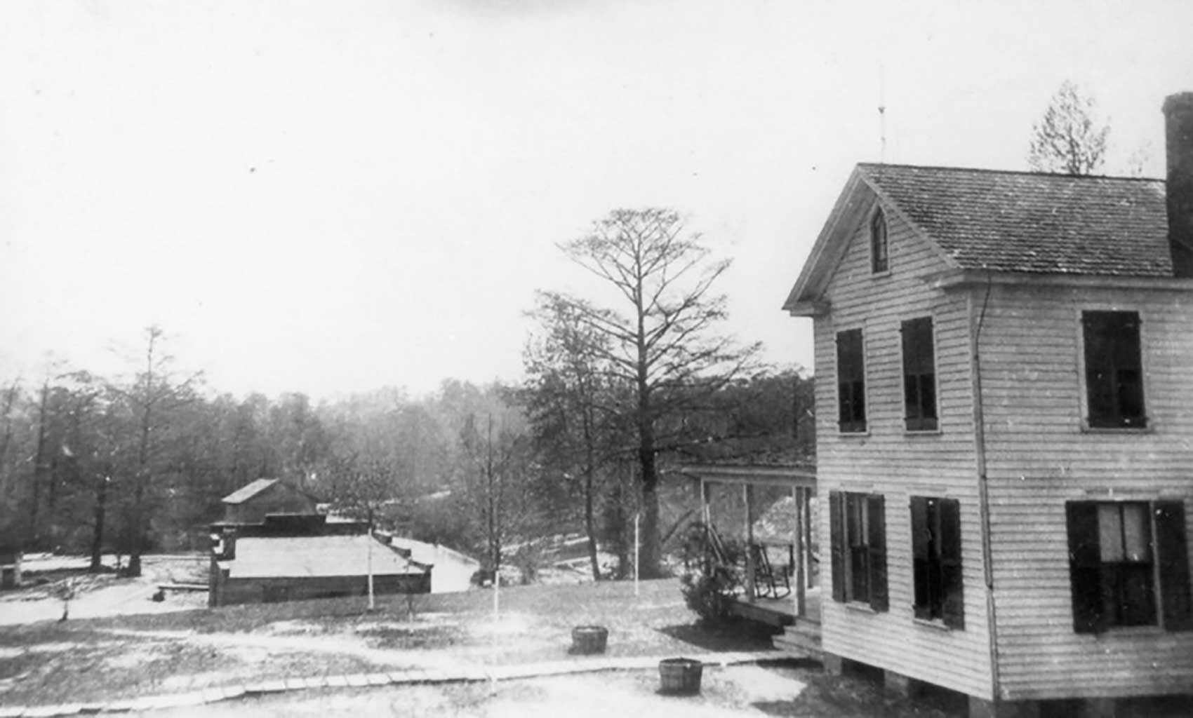 view-of-everets-creek-looking-over-wagners-store-saunders-house-img237