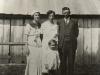 shramm-family-1935-ltor-mildren-schram-dailey-lizzie-cotton-schramm-harry-henton-schramm-front-eunice-schramm-wolford-img794