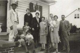 charles-bernard-godwin-sr-and-family-in-front-of-bernard-w-godwin-home-james-c-godwin-photo-1